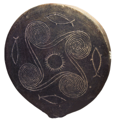 """Early Cycladic II era clay """"frying-pan"""" ca. 2700-2500 BCE depicting the sun surrounded by ocean waves and fish. Source: Wikimedia Commons"""