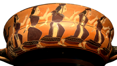 Attic Black-Figure Kylix, ca. 560 BCE by the C Painter depicting nereids dancing in a line. Source: Wikimedia Commons
